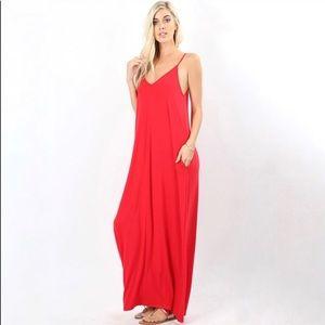 Dresses & Skirts - Pocket maxi dress.